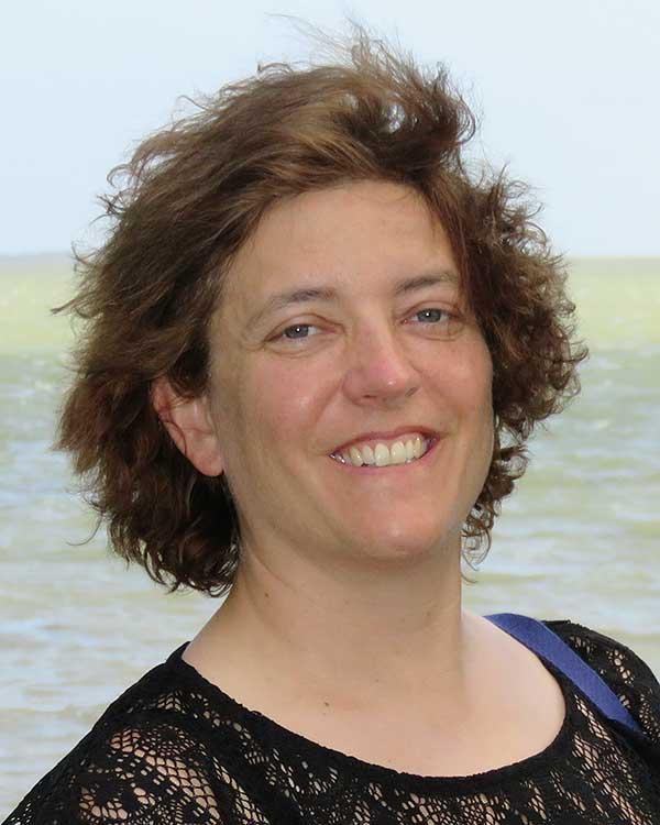 Referentin Nadine Zäch